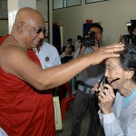 Sayadaw&Patient2